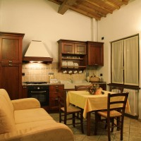 apartment-with-furnished-kitchen-tuscany