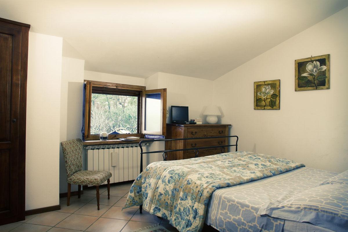 Casa dei fiori apartment family holiday accommodation for Casa lago apartments