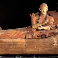 Etruscan-couple-Louvre