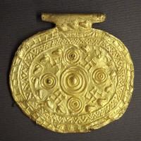 Etruscan_pendant_with_swastika_symbols_Bolsena_Italy