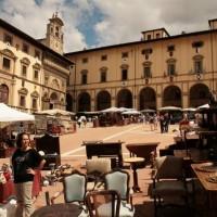 The antique fair Arezzo Italy: Fiera antiquaria in Arezzo