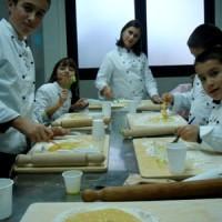 kids_cooking_class-2-200x200 (1)
